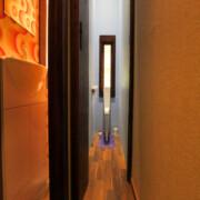 Narrow House - Erwin Wurm