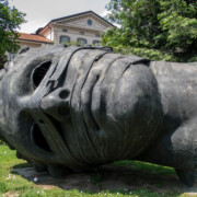 The Sideways Head, Eros Bendato (Eros bound) - Igor Mitoraj